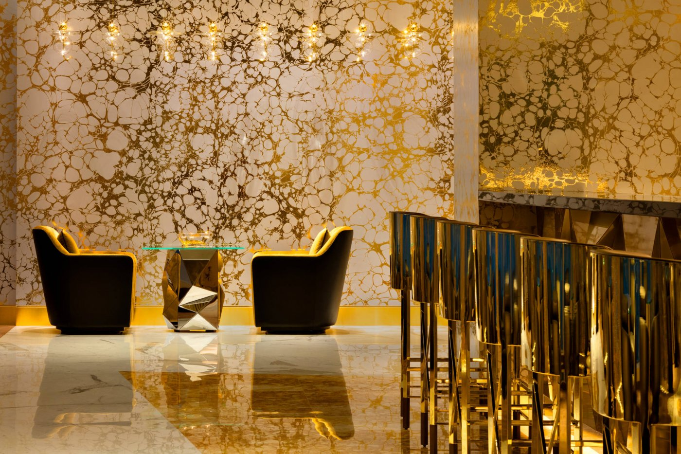 Burj Al Arab Hotel - Use our Wallcoverings Lava